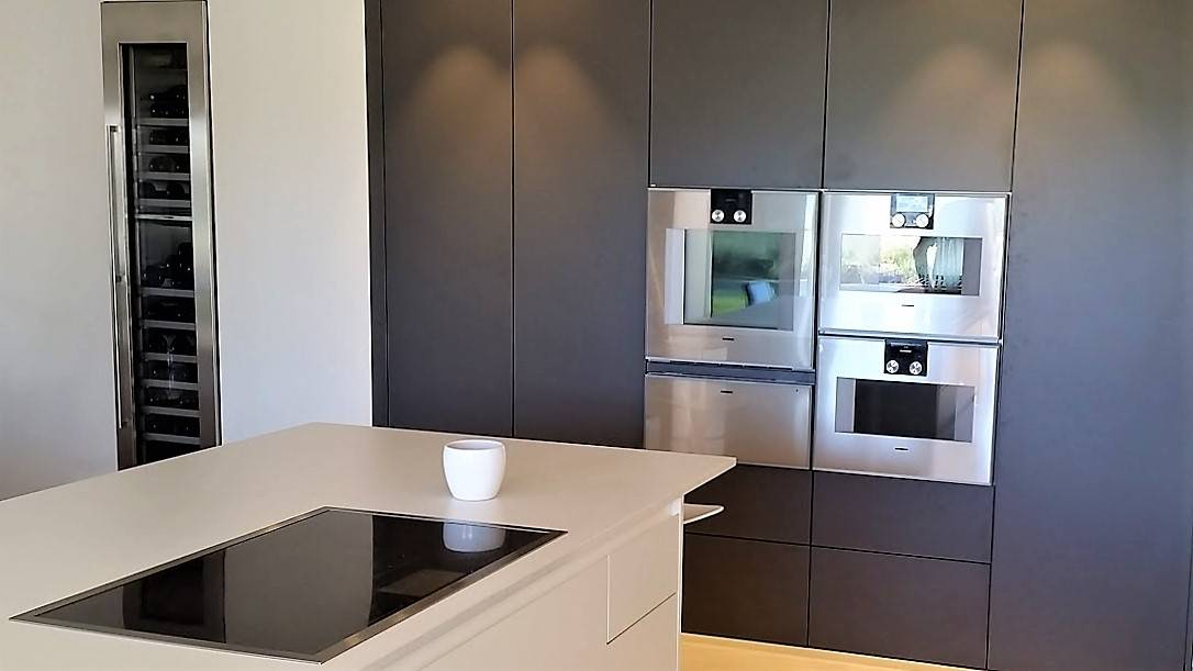 d nt conception cuisine design allemande allmilm. Black Bedroom Furniture Sets. Home Design Ideas